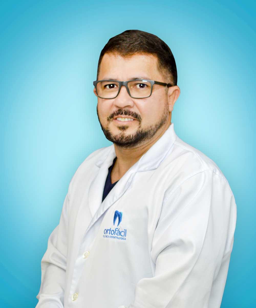 http://ortofacil.com.br/wp-content/uploads/2021/06/Dentistas1-1.jpg